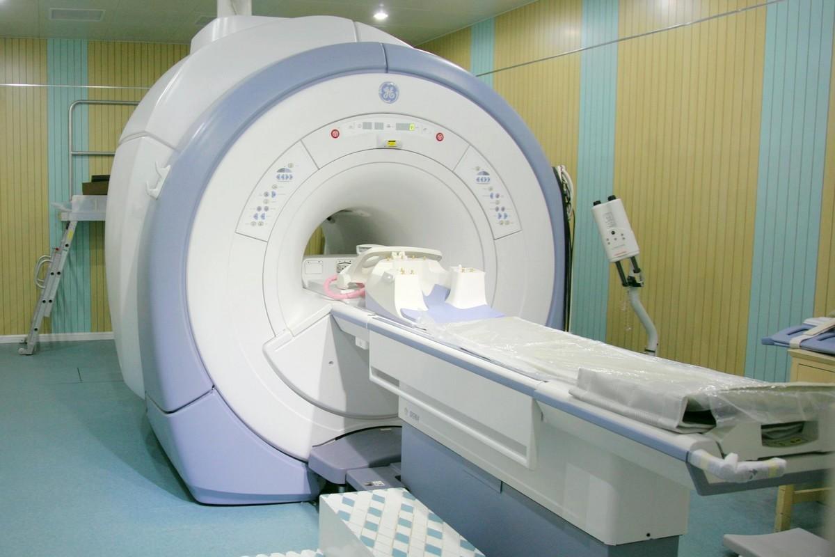 影像学专家为您全面解读磁共振
